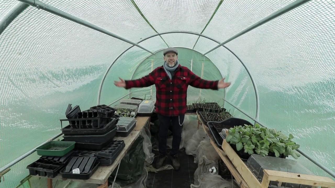 5 easy gardening jobs for april youtube for Gardening jobs for april