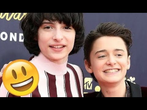 Stranger Things Cast 😊😊😊 - Finn, Millie, Noah and Gaten CUTE AND FUNNY MOMENTS 2018 #12