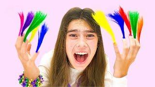 Nastya와 Artem은 털이 많은 손톱에 대한 아이들을위한 뷰티 스토리를 마련했습니다