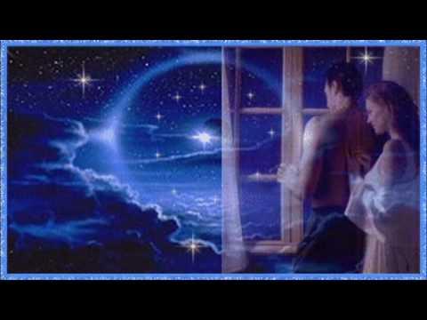 Paul Mauriat: ♫ L'Amour est bleu (Love is Blue)...