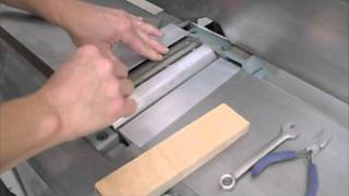 Installing Jointer Blades.mov