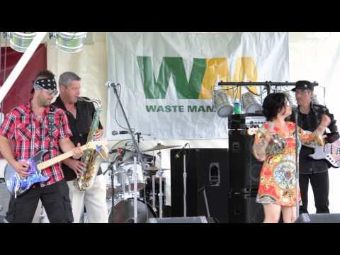 Michelle Taylor & The Blues Junkies