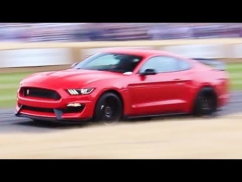 2016 Mustang Shelby GT350R Driven FLATOUT by The Stig and Interview!