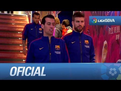 Jonathan dos Santos saludando a sus ex compañeros en el túnel de vestuarios