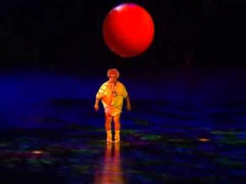 Mystère by Cirque du Soleil - Clowns (1) - Jobs on Stage