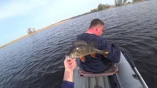 Весенняя рыбалка щука окунь Весеннего жора ещё нет
