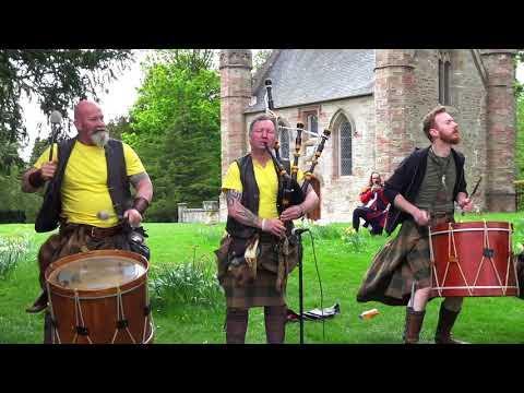 Clann An Drumma perform