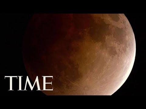 Here's What The Super Blue Blood Moon Eclipse Looked Like From Around The World | TIME