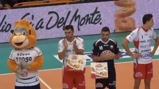 19-10-2016: #SuperLega Il saluto dei tifosi di Molfetta agli ex Hierrezuelo ed Hernandez