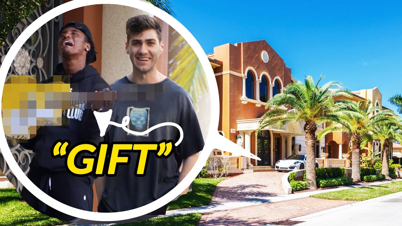 SNEAKING into Antonio Brown's House to Deliver SECRET PRESENT (ft. Deestroying)