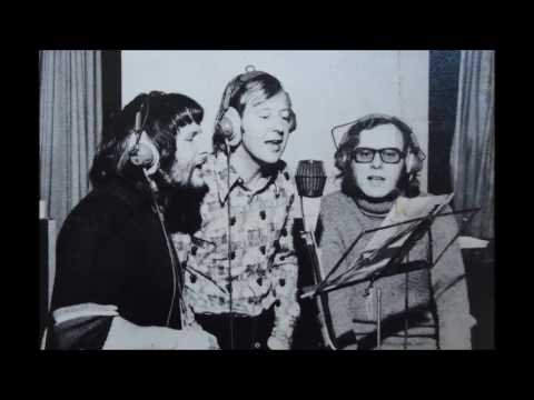The Goodies - Show Me the Way '73