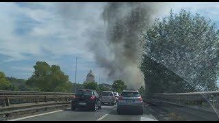 Roma, incendio in via del Cappellaccio - Il Faro on line