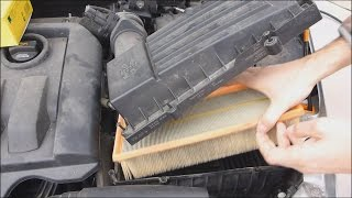 Changing the air filter of the engine to Skoda Octavia 2, audio: English