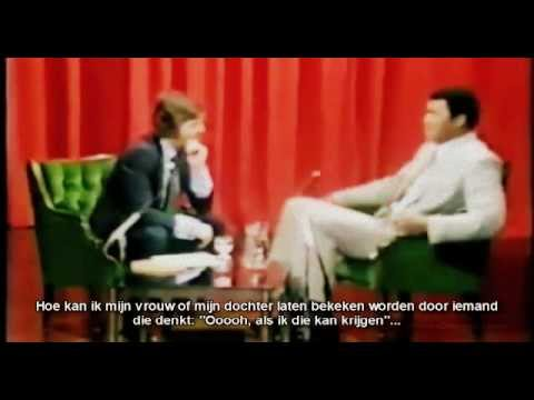 Muhammad Ali The Greatest KickBokser talk about miniskirts with Dutch subtitles
