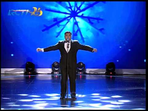 "Mike Mohede ""White Christmas"""
