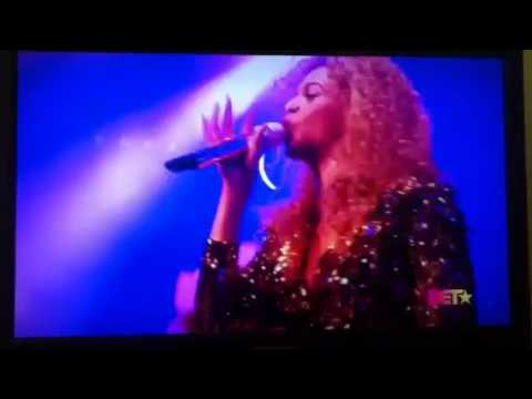 Beyonce' at the BET Awards 2011