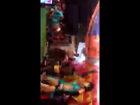 Teri ishq ki diwangi sar pe chad ke bole hindi movie song arkestra dance program