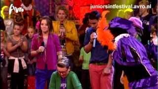 Junior Sintfestival - JuNMe & Yassir - Daar wordt aan de Deur geklopt
