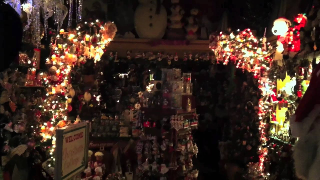 The Christmas Cottage (NEW YORK CITY SUBWAY/ CHRISTMAS DECORATIONS)    YouTube