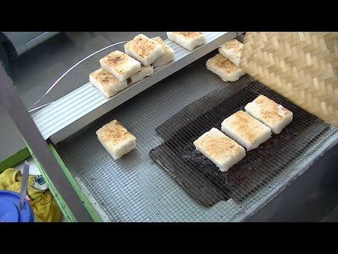 Greater Jakarta Street Food 834 Bogor 6 Grilled Sticky Rice Ketan Bakar Serundeng BR TiVi 5589