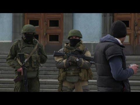Putin prepares to send more troops into Ukraine