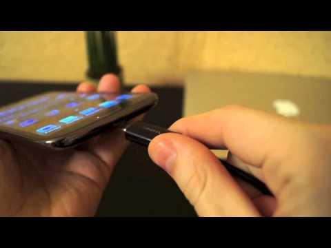 Sony Xperia Z: мелкие приятности и аксессуары