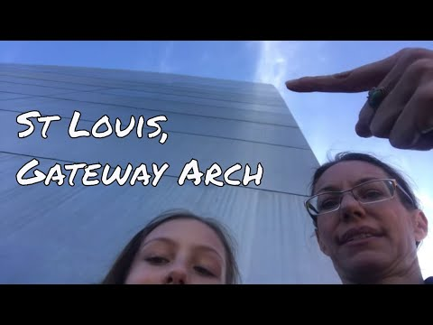 Let's Go Up In The Gateway Arch! St Louis, MO