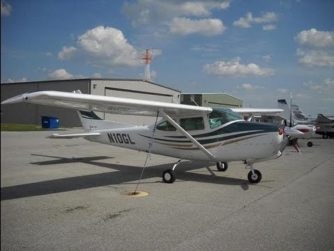 First Time Flying a Cessna 182 Skylane RG