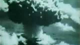 لحظة القاء القنبلة النووية على هيروشيما اليابانية