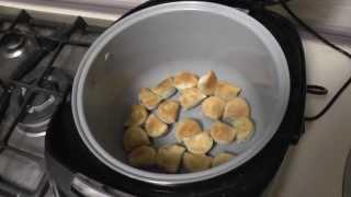 Жареные пельмени в мультиварке Polaris 0517. Fried dumplings in Multicookings