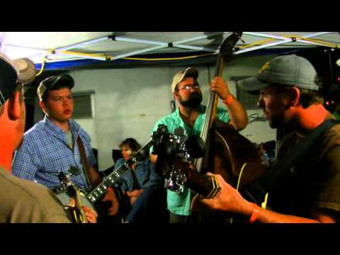 Galax 2015 bluegrass - Blueridge Cabin Home