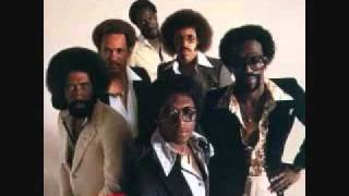The Commodores - JUST TO BE CLOSE TO YOU