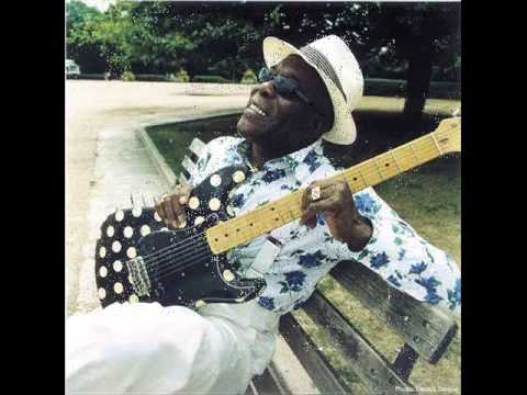 Buddy Guy & Tracy Chapman- Ain't no sunshine --