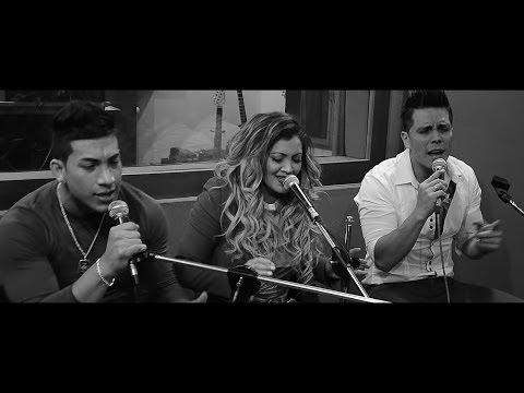 Hoy Quiero - Identico ft. Micheille Soifer - En Vivo (Video Oficial)