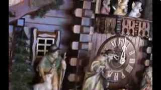5 8786 01 P 8 Day Alpine Cabin Christmas Musical Cuckoo Clock