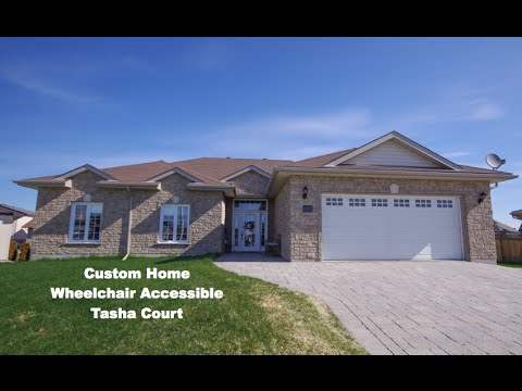 Custom home in Dominion Parc, wheelchair accessible - Real Estate