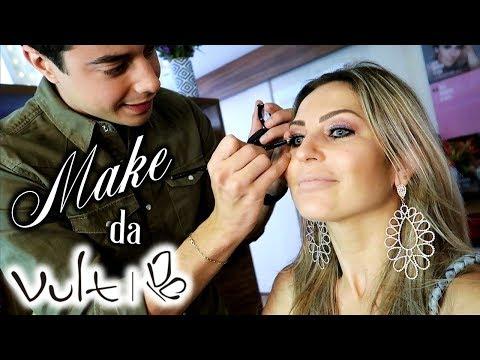 Maquiagem usando Batom Líquido com Glitter (no QG da