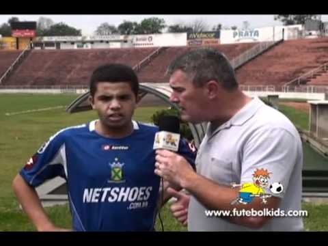 TV Futebolkids Entrevista Jogador Wellington CatgSub 15   EC Santo Andr on Vimeo