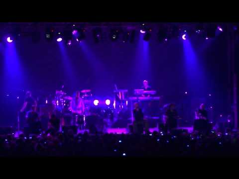 James - Sit down - Thessaloniki live ivanofio - Greece - 1080p - by ole24.gr - 4.10.2011