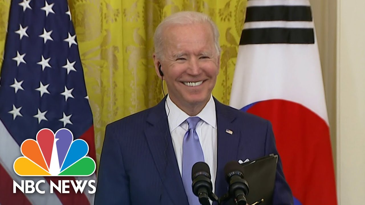 Biden Laughs Off Question About UFOs At Press Conference