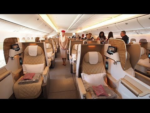 Boeing 777-200LR Business Class Tour | Emirates Airline