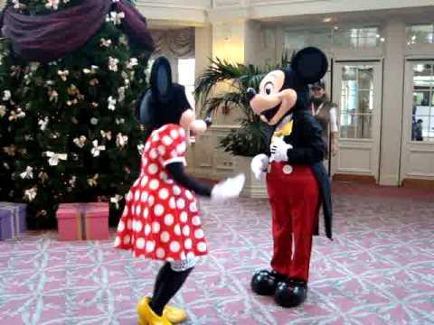 Nov 04, · Dans cet épisode de Tous en forme avec Mickey, découvrez: La Maxi-Gym de Minnie! C'est facile d'apprendre la gym en s'amusant! .
