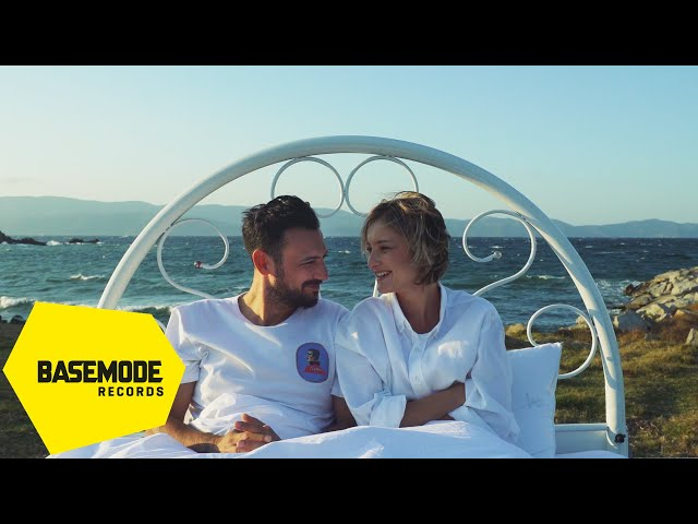 Ege Çubukçu & Güliz Ayla - Mıknatıs | Official Video