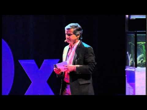 TEDxO'Porto - Guilherme Collares Pereira - Sun Kit - a tool to alliviate poverty