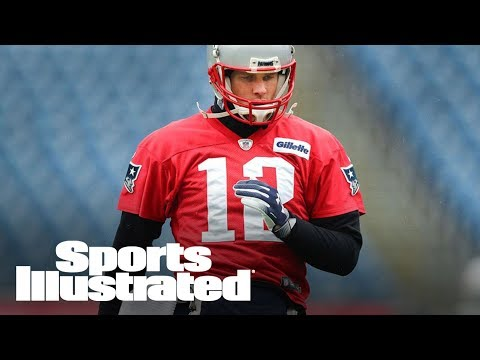 Should Tom Brady's Hand Injury Be A Cause For Concern For Patriots? | SI NOW | Sports Illustrated