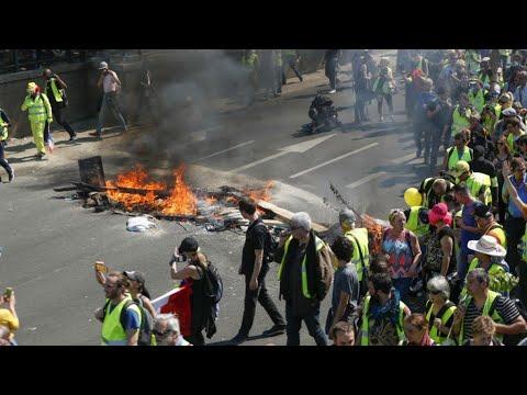 فرنسا: اشتباكات مع الشرطة واعتقال نحو 130 محتجا في السبت الـ23 للسترات الصفراء  - نشر قبل 3 ساعة