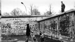"""Docuweb """" Oltre il Muro"""" sulla caduta del Muro di Berlino"""