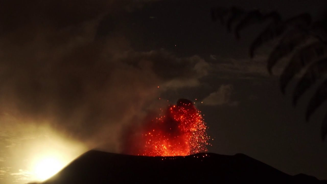 Skiing on an exploding volcano | Daily Planet