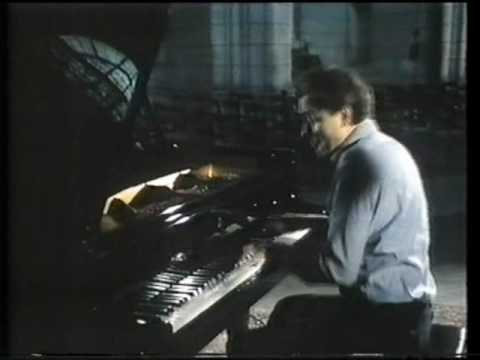 Liszt Sonata -- Francois-Joel Thiollier -- C1985 (Part 2 Of 3)