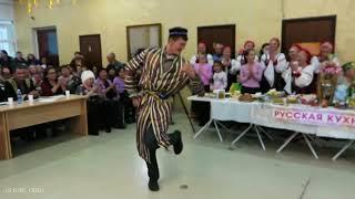Скачать Chanson Remix Cover Песня Четыре татарина и блатной казах Прикольный зажигательный танец узбека